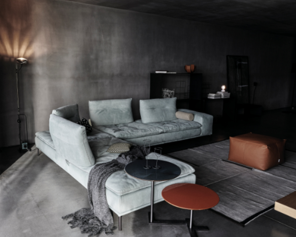 Carlton Sofa from Cierre